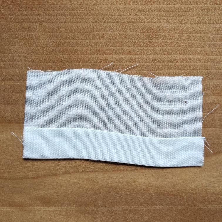 アイロンで折られたダブルガーゼ